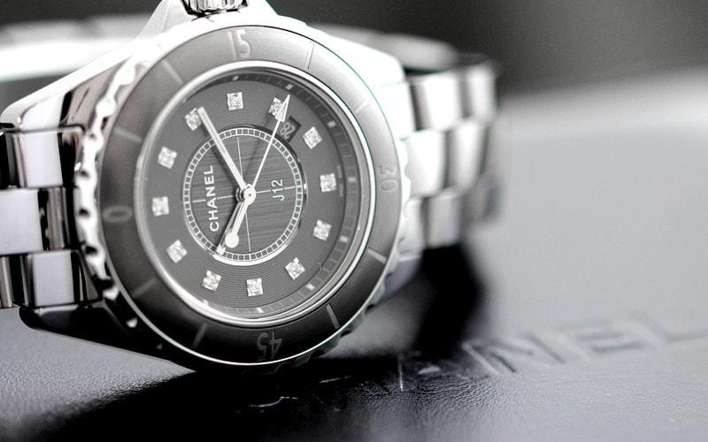 クオーツ時計の寿命やトラブル