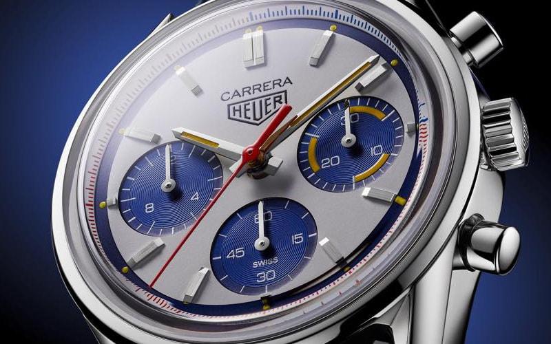 モントリオール110503Wはダイヤルのカラーリングが特徴的なモデル
